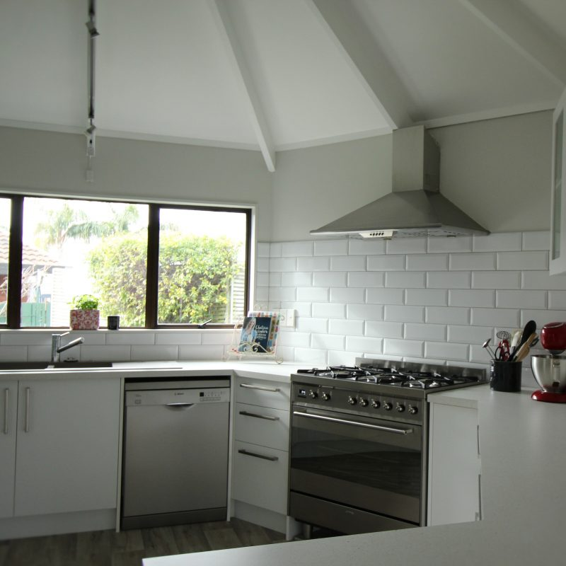 Hexagonal kitchen